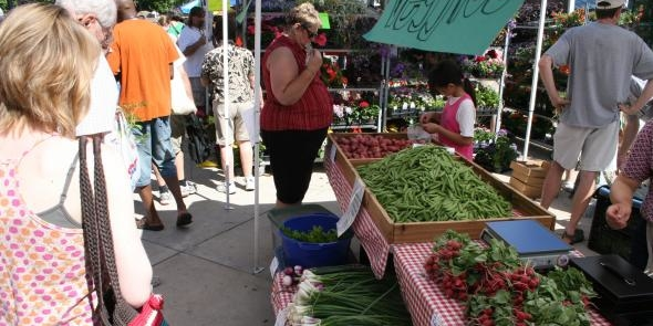Farmers market. (Tony via Flickr)