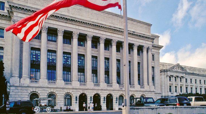 AFBF endorses Perdue for USDA