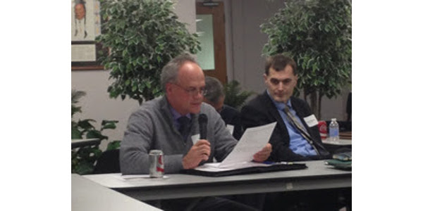 The MDA's Roger Mackedanz reports to the Governor's Council on Freight Rail. December 2016. (Minnesota Department of Agriculture)