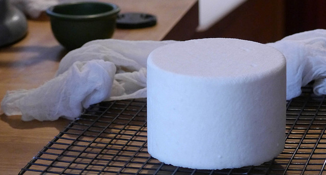 The flavors of American goat cheese