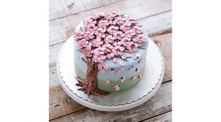 Blooming flower cakes celebrate spring
