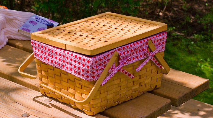 Food safety during picnic season