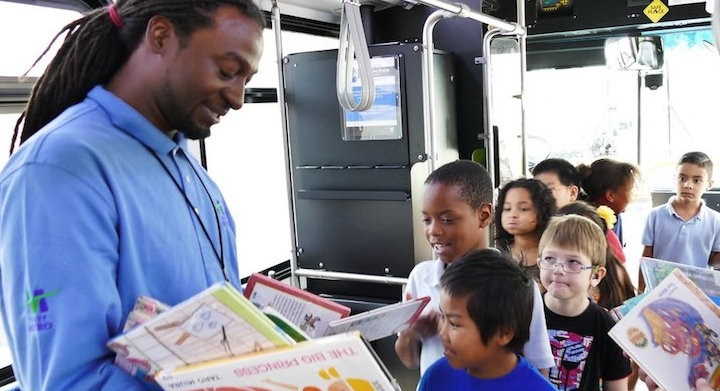 Bus driver surprises kids with hundreds of books