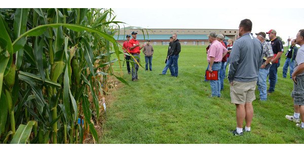 Figure 1. Chris Proctor, Nebraska Extension weed science educator, presents considerations for interseeding cover crops in corn at one of the 2016 Crop Management Diagnostic Clinic. (Photos by Deloris Pittman)