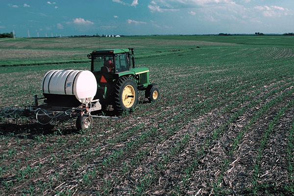 CDFA accepting proposals for fertilizer research