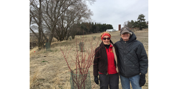 Maggie and Steve on Resilient Farms. (Courtesy Practical Farmers of Iowa)
