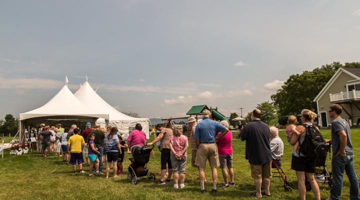 Blue Spruce Dairy Farm hosts 1,000 people