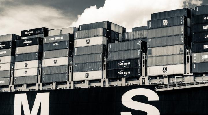 China postpones food import controls