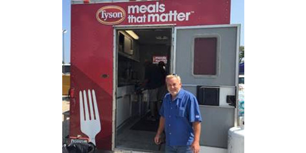 American Egg Board Chairman Jeff Hardin of Cal-Maine Foods coordinates AEB's Hurricane Harvey disaster relief support from the Montgomery Fairgrounds in Conroe, TX in partnership with Tyson Foods' Meals that Matter program. (Courtesy of EAB)