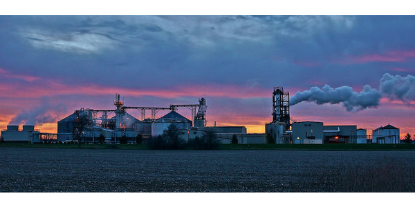 Sun setting behind the United Ethanol plant near Milton, Wis. (chumlee10 via Flickr)
