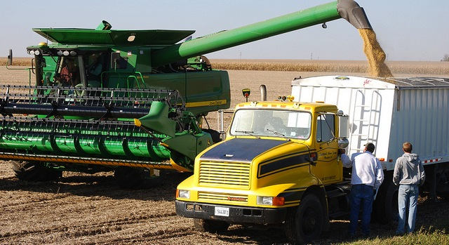 New machine evaluates soybeans at harvest