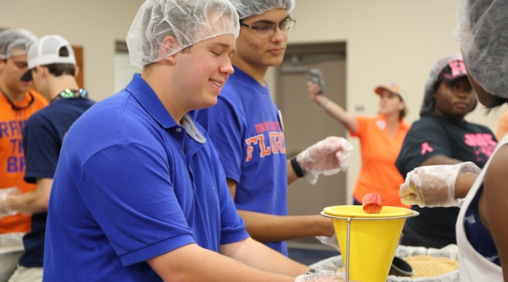 UF/IFAS partners with Rise Against Hunger