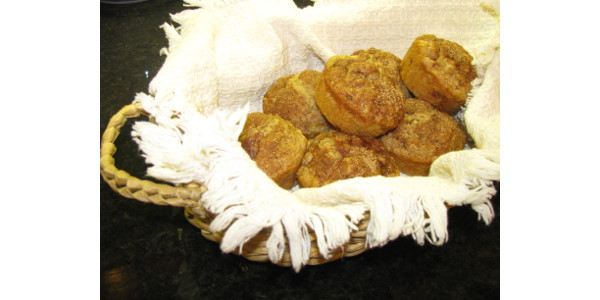 This oatmeal and apple muffin recipe uses one of the favorite foods of autumn: apples. (NDSU photo)