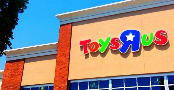 Secret Santa pays off layaway bills at toy store