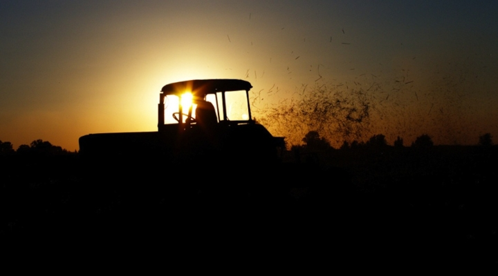 Bill would aid young and beginning farmers