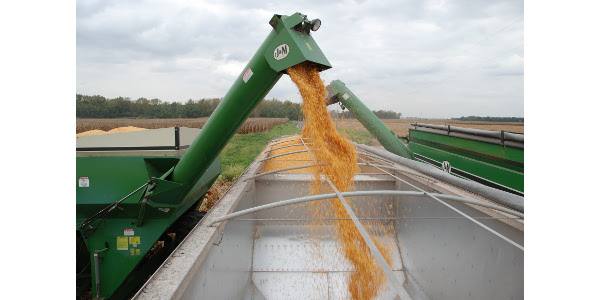 Farmers in Illinois can move more grain in every truckload for the next 45 days. (Courtesy of University of Illinois Extension)
