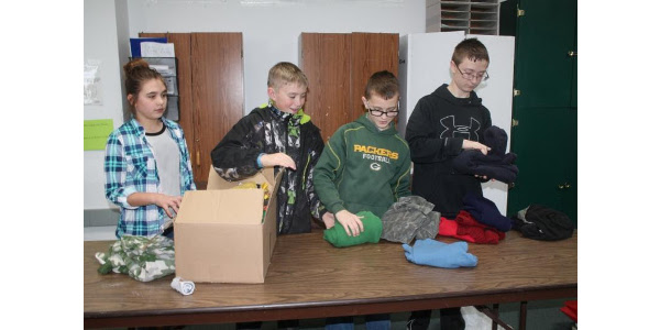 4-Hers donate 19,474 pieces of clothing
