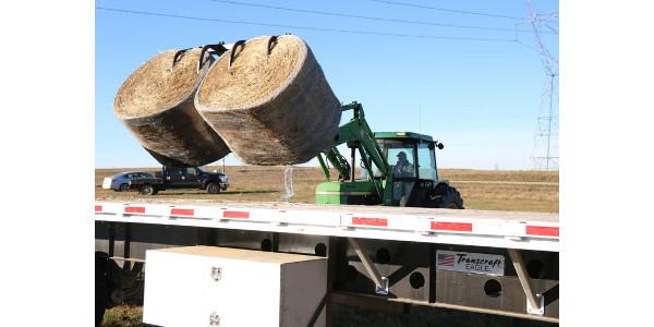 NDFU brings bales to ranchers in western ND
