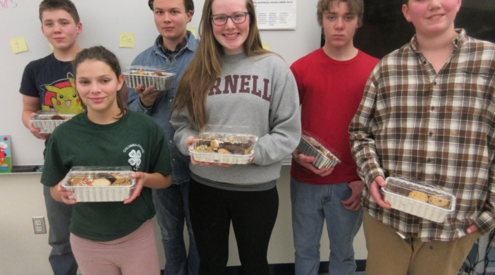4-H teens bake for Salvation Army