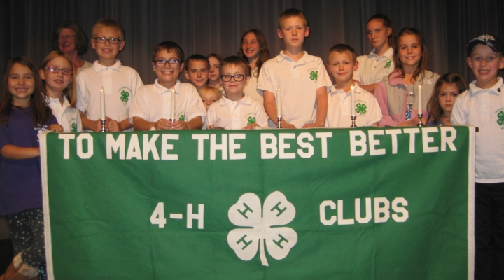 4-H awards presented at Achievement Night 2017