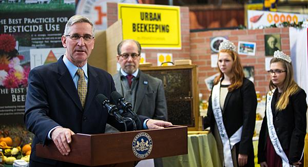 PDA unveils Pa.'s pollinator protection plan
