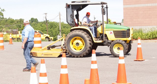 4-H hosts Youth Tractor Safety Course