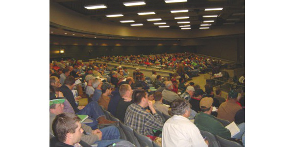 There were 336 participants from 42 counties representing Michigan's seed, fertilizer and pesticide dealerships, spray service providers, crop consultants and farmers in attendance at the 20th annual Integrated Crop and Pest Management Update for Michigan Agribusiness. (Courtesy of MSU Extension)
