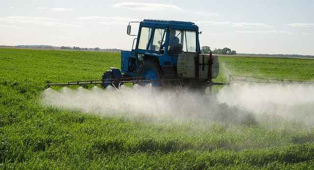 Extension sets series of auxin herbicide trainings