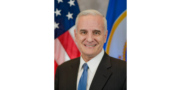 Iowa Governor, Kim Reynolds, and Minnesota Governor, Mark Dayton, have been appointed as chair and vice chair respectively of the Governors' Biofuels Coalition, a multi-state alliance aimed at providing regional leadership on biofuels policy.