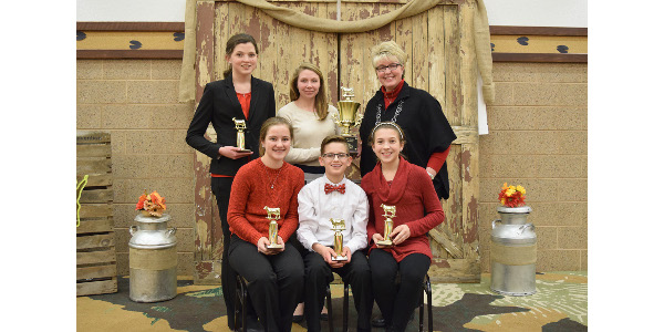 1st place Junior Dairy Bowl – Manitowoc/Calumet County. Front – Clarissa Ulness, Garrett Ulness and Brianna Meyer, Back – Lauren Siemers, coaches Amanda Smith and Janina Siemers. (Courtesy of Wisconsin Holstein)