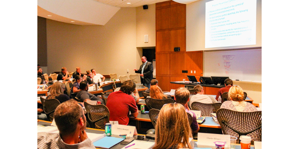 Matt Frederking, Vice President of Regulatory Affairs and Quality at Mid America Pet Food, discusses process controls during the Food Safety Modernization Act course. (Courtesy of NGFA–KSU)