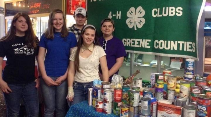 4-H supports food pantry while bowling