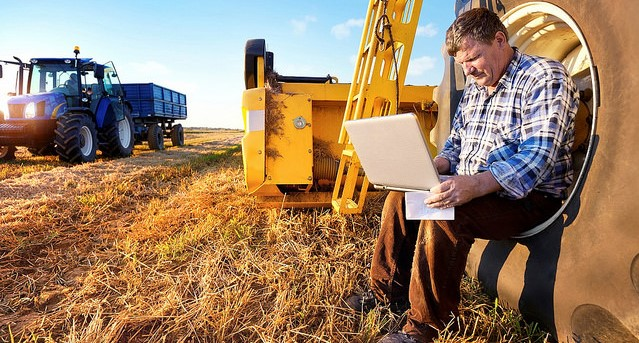 Expanding broadband in unserved rural areas