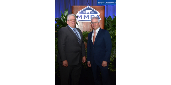 Foremost Farms and MMPA sign MOU