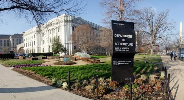 Hubbard selected as USDA under secretary