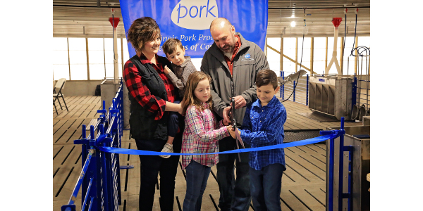 Dunkirk family builds new pig barn