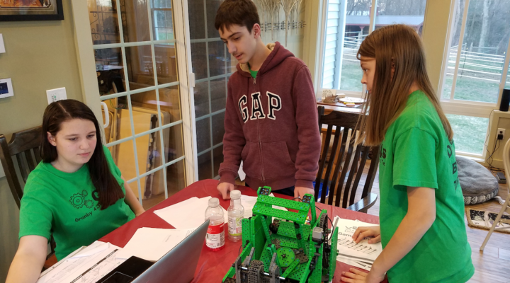4-H members head to World VEX Competition