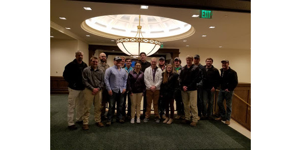 Students from Lake Area Technical Institute join S.D. Farmers Union for College Conference on Cooperatives held in Minnesota. (Courtesy of SDFU)