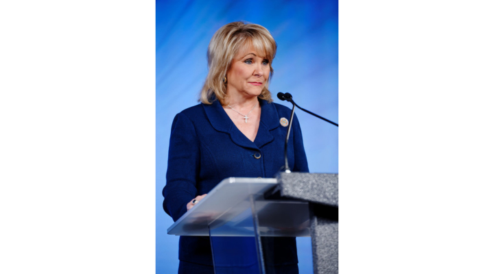 Governor Mary Fallin modifies burn ban