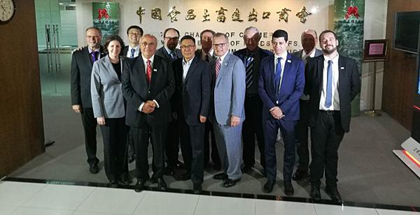 USSEC CEO, U.S. soy farmers, talk importance of biotechnology