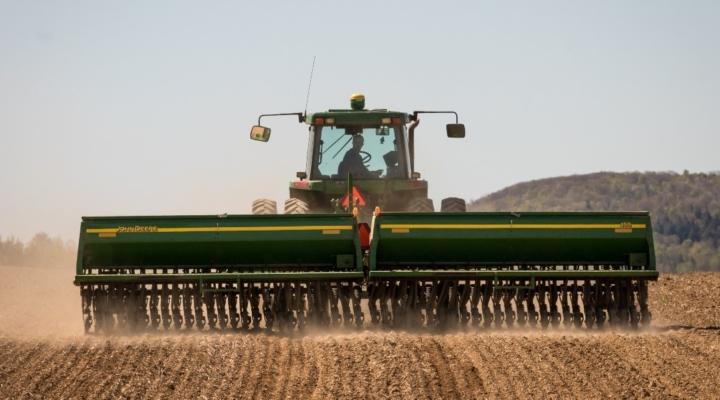 Farm Credit East seeks modern ag photos