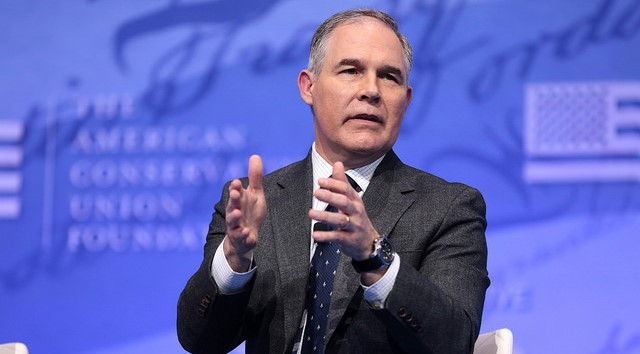 Farmers protest Pruitt's ethanol policies