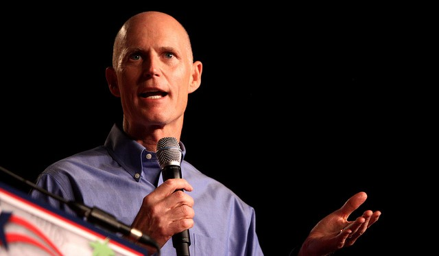 Gov. Scott directs DEP to curb algae blooms
