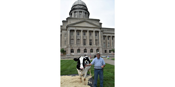 Greg Goode of Casey County brought one of his cows to the Capitol lawn for the June Dairy Month proclamation signing. (Courtesy of Farmstead Media)