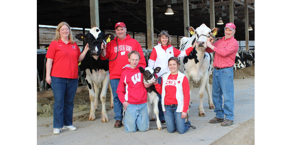 The first Twilight Meeting will be held August 27 at Kellercrest Holsteins. (Courtesy of PDPW)
