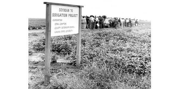 Irrigation Field Day at Kansas State University, 1980s. While some research projects end after two or three years, some can go on for decades. (Photo by Bill Sullins)