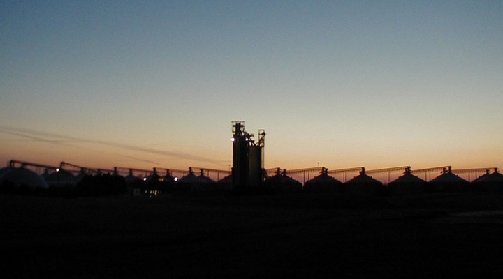 NCGA calls on EPA to account for refinery waivers