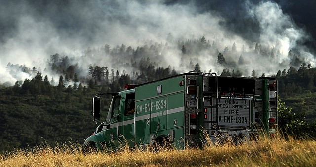 US vows to work with states to fight wildfires