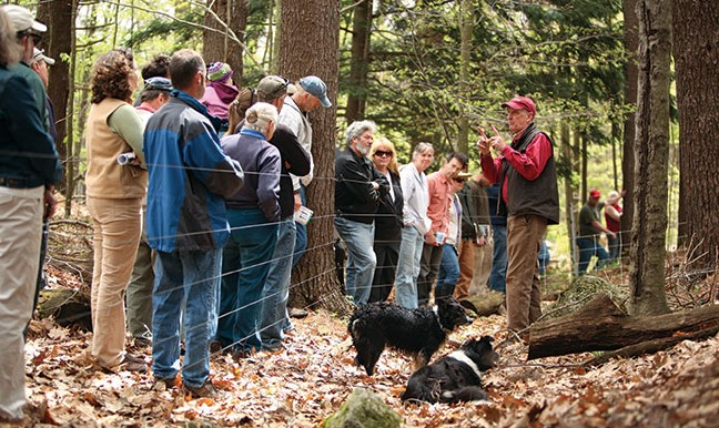 Wellscroft hosts Fall Fence Building Clinic