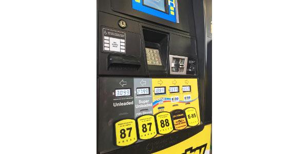 A flex fuel pump at the Bosselman Travel Center in Grand Island, Nebraska, offering E-10, E-15, E-30 and E-85. (Courtesy of Nebraska Corn Board)